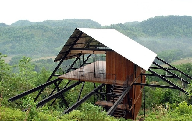 Sri-Lanka-Open-Timber-Bungalow-on-Stilts-1