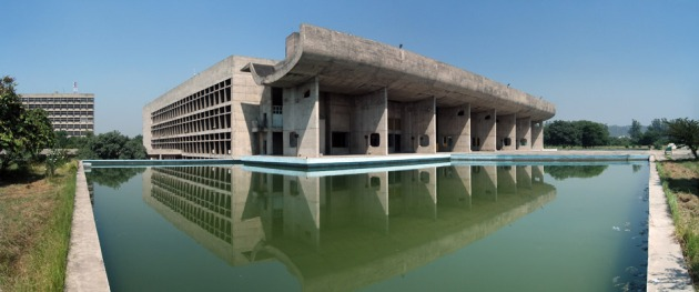 13 Capitol-Complex-Chandigarh-India_Le-Corbusier_UNESCO_Palace_of_Assembly_wikicommons_dezeen_936_2