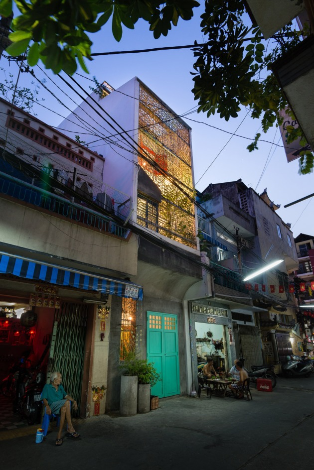 Saigon-house_a21-studio_architecture_dezeen_936_17