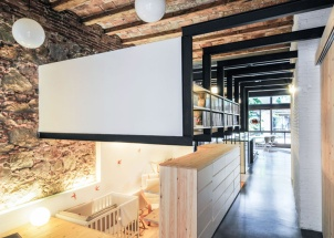 dezeen_renovation-of-an-apartment-in-barcelona-by-carles-enrich_ss_2