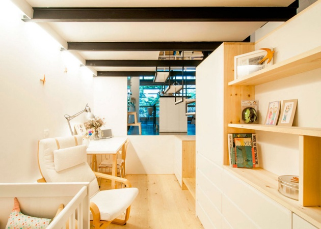 dezeen_renovation-of-an-apartment-in-barcelona-by-carles-enrich_ss_6