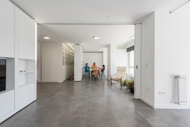mje-house-by-pkmn-architectures_dezeen_936_4