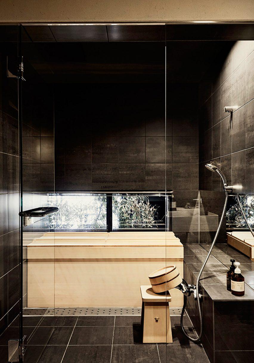maoyashi-machiya-kyoto-house-uoya-shigenori-japan-architecture-residential_dezeen_2364_col_21-852x1217