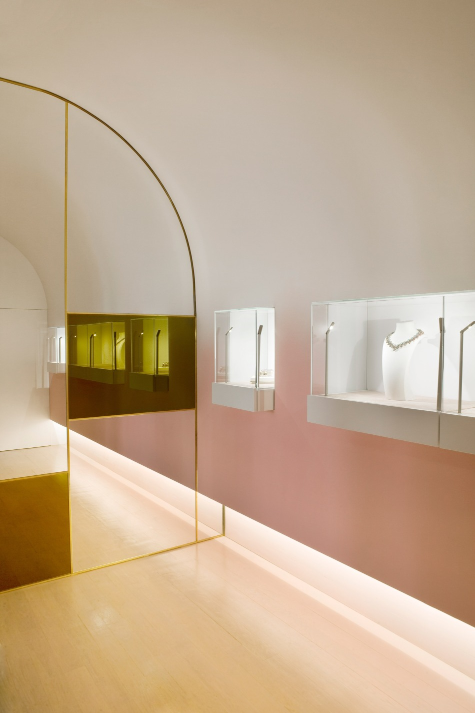 nuun-jewellery-shop-java-architectes-interiors-retail-paris-france_dezeen_2364_col_6